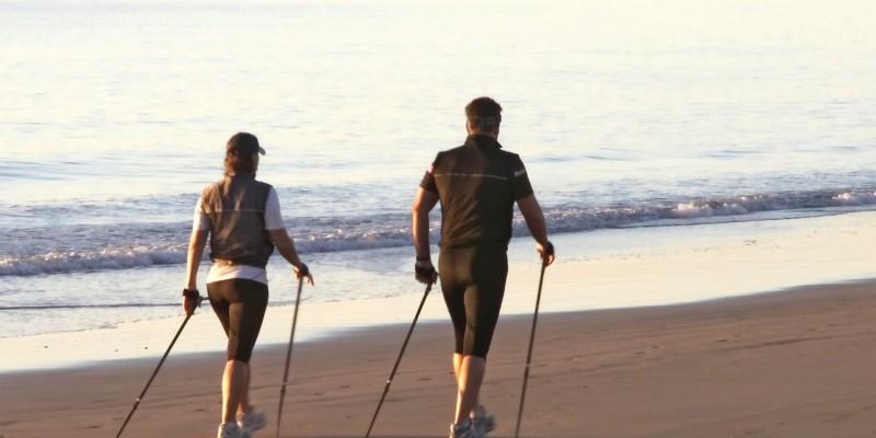 Nordic Walking am Strand