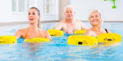 Stärkung von Muskeln und Knochen im Wasser