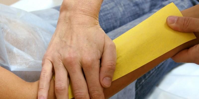 Waxing am Unterarm